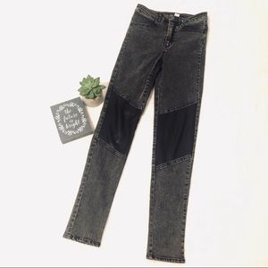 H&M Faux Leather patch Stonewash Jeans